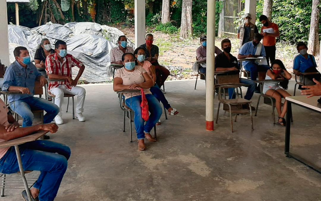Cacaoteros en Caquetá, en proceso para obtener certificación orgánica de sus cultivos